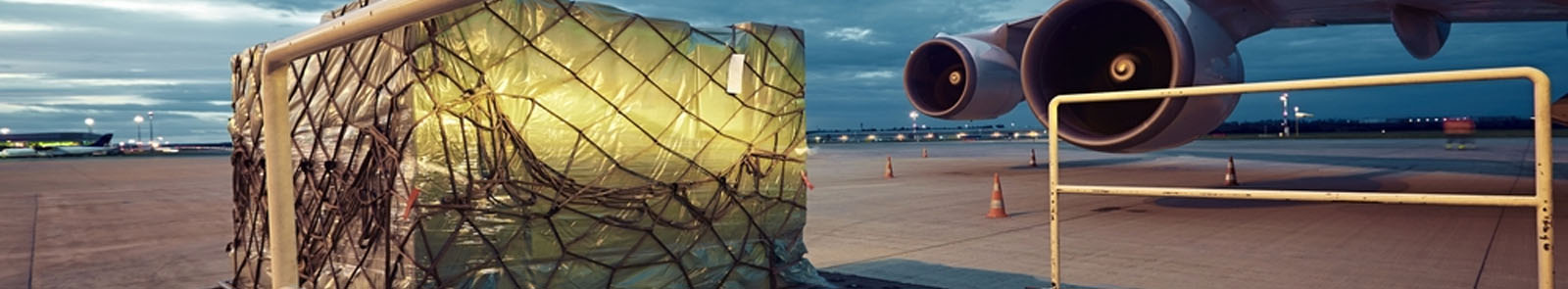 vận chuyển hàng không